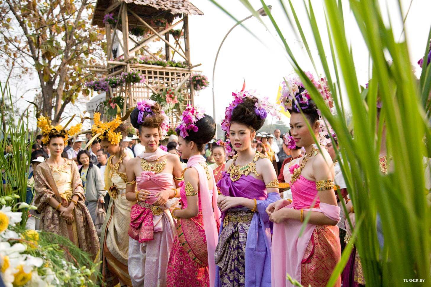 Праздник цветов в чиангмае – тайланд